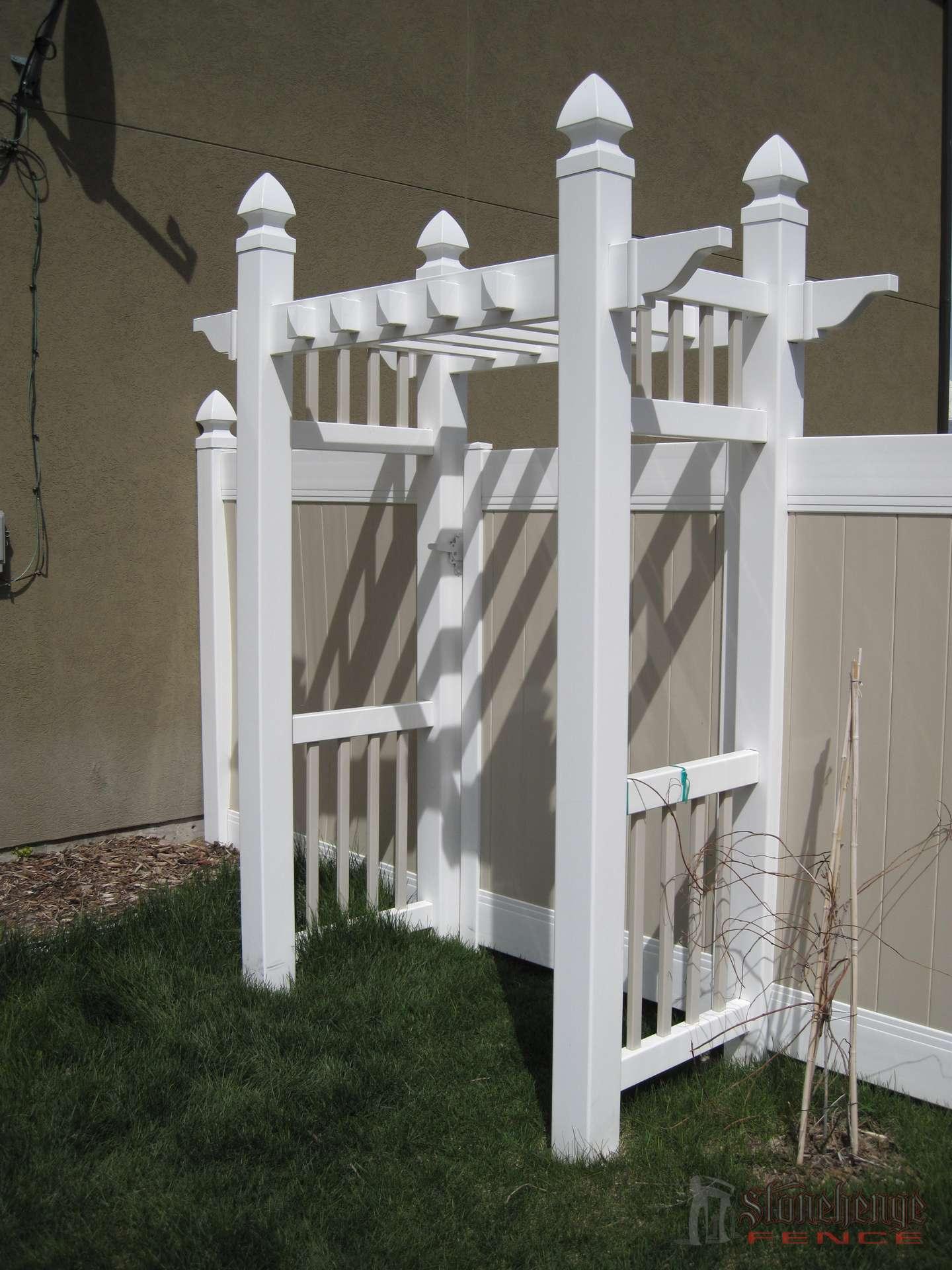 2 Tone Vinyl Fence W Arbor Saratoga Springs Utah