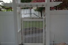 vinyl-fencing-project e03