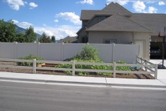 project006_tan-vinyl-ranch-rail-privacy-fence-mapleton_01