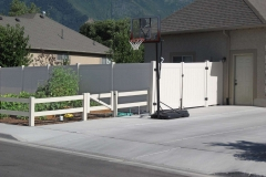 project006_tan-vinyl-ranch-rail-privacy-fence-mapleton_02