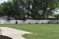 project007_tan-privacy-vinyl-fence-murray_12
