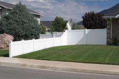 project008_vinyl-privacy-fence-mapleton-ut_04