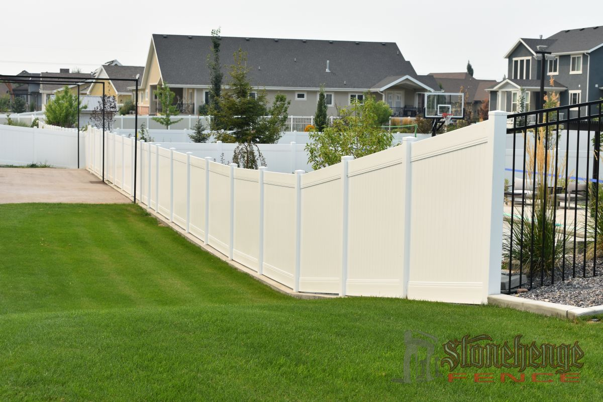 Black Iron Amp White Vinyl Privacy Fence Utah County